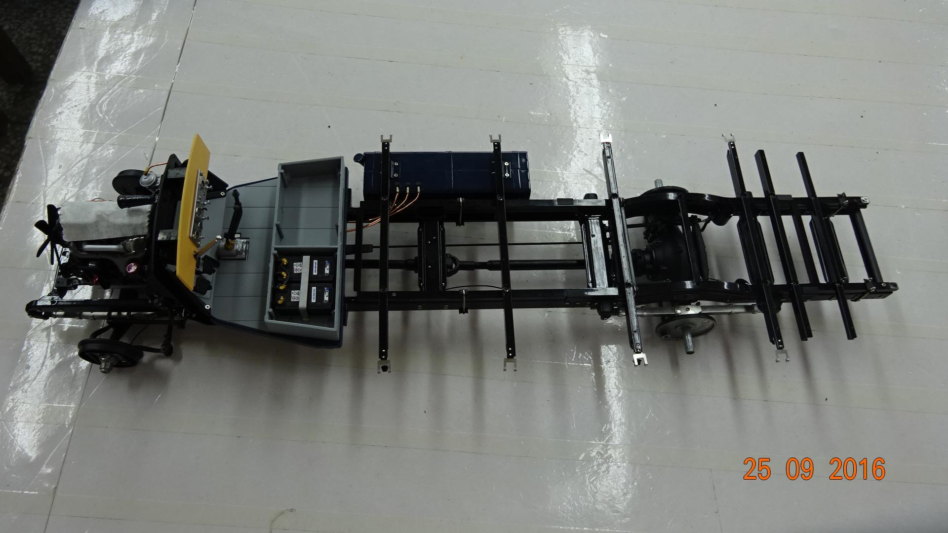 M-144 Mercedes Renntransporter LO2750