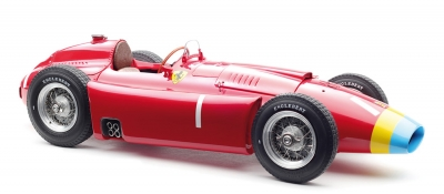 M-181_Ferrari D50, 1956 long nose, GP Germany #1 Fangio