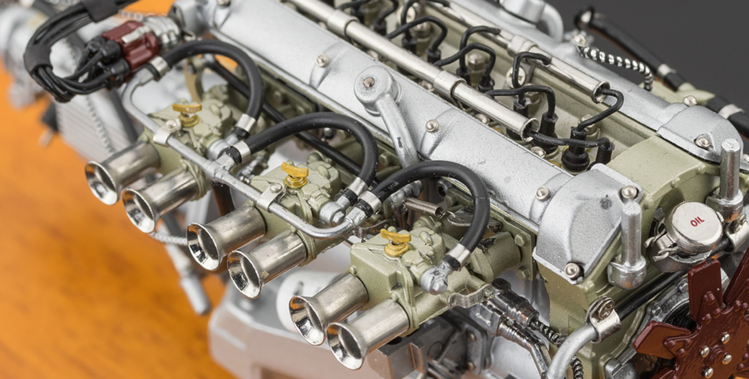 Cmc Aston Martin Db4 Gt 1961 Engine With Showcase Currently Not Available Cmc Modelcars