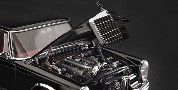 M 200 204 Mercedes600pullmann 03 Lr